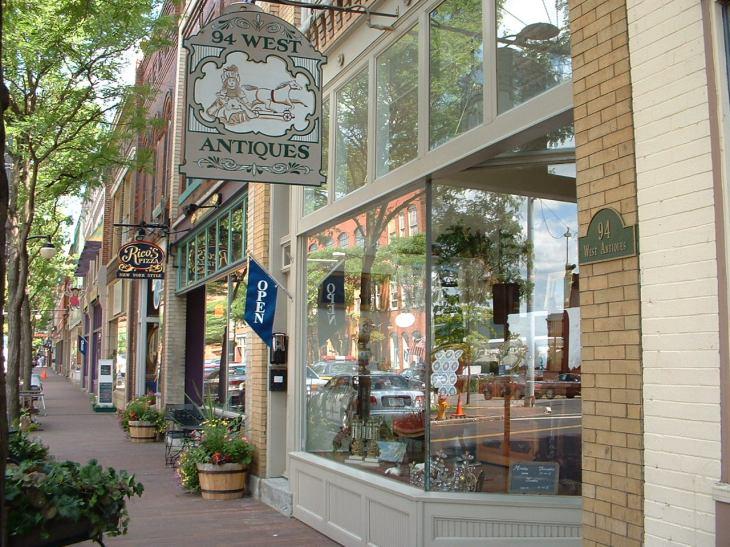 Shops_Market_Street_Corning_NY